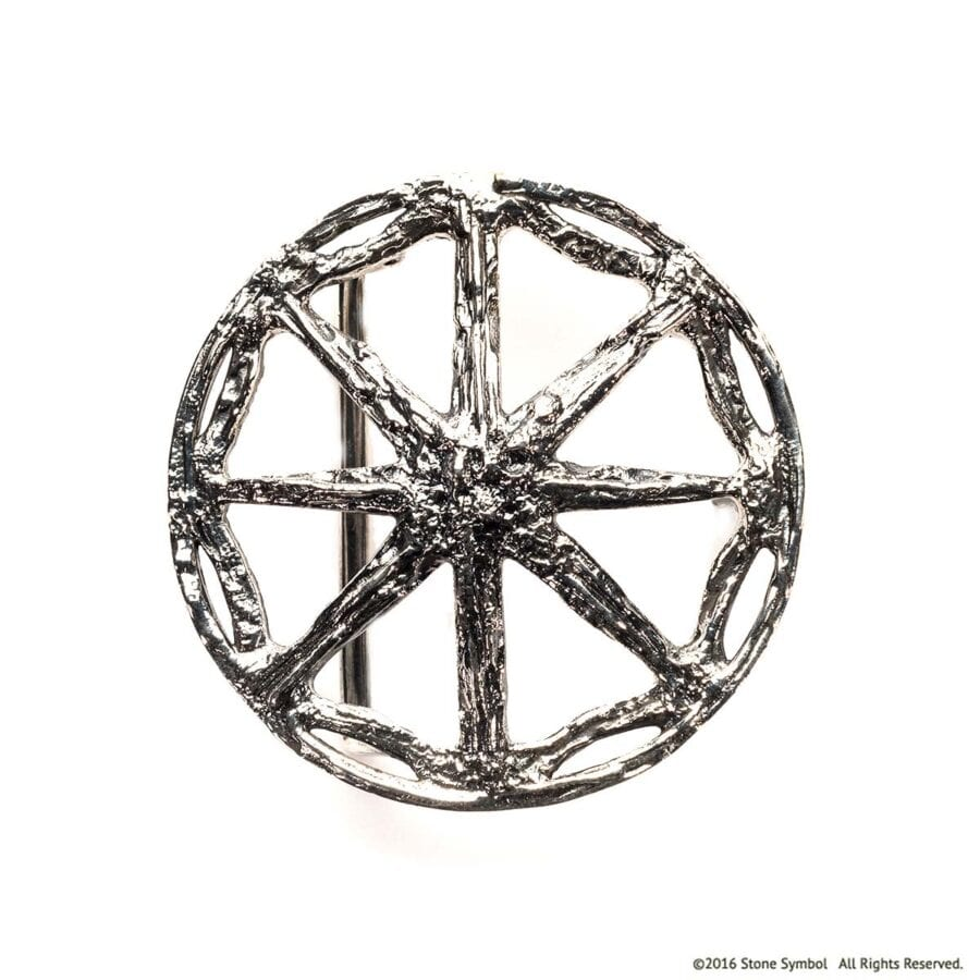 Unearthed Round Belt Buckle in Sterling Silver